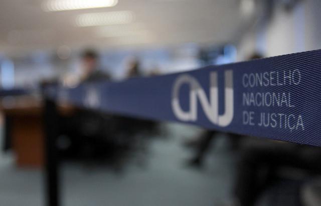 Nota sobre decisão do CNJ em relação aos servidores do TJ-BA que não prestaram concurso